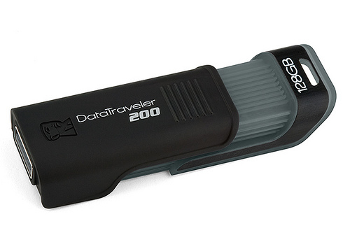Kingston DataTraveler 128GB.jpg