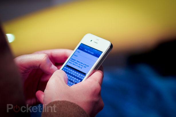 fehér apple iphone 4