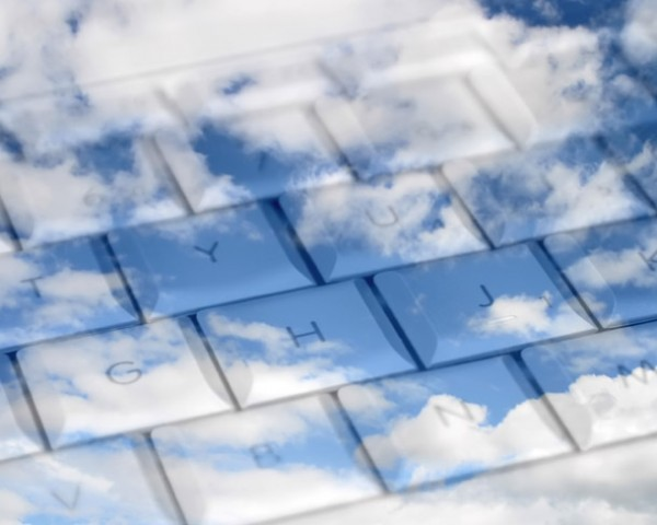 cloud-computing-keyboard-fullscreen-610