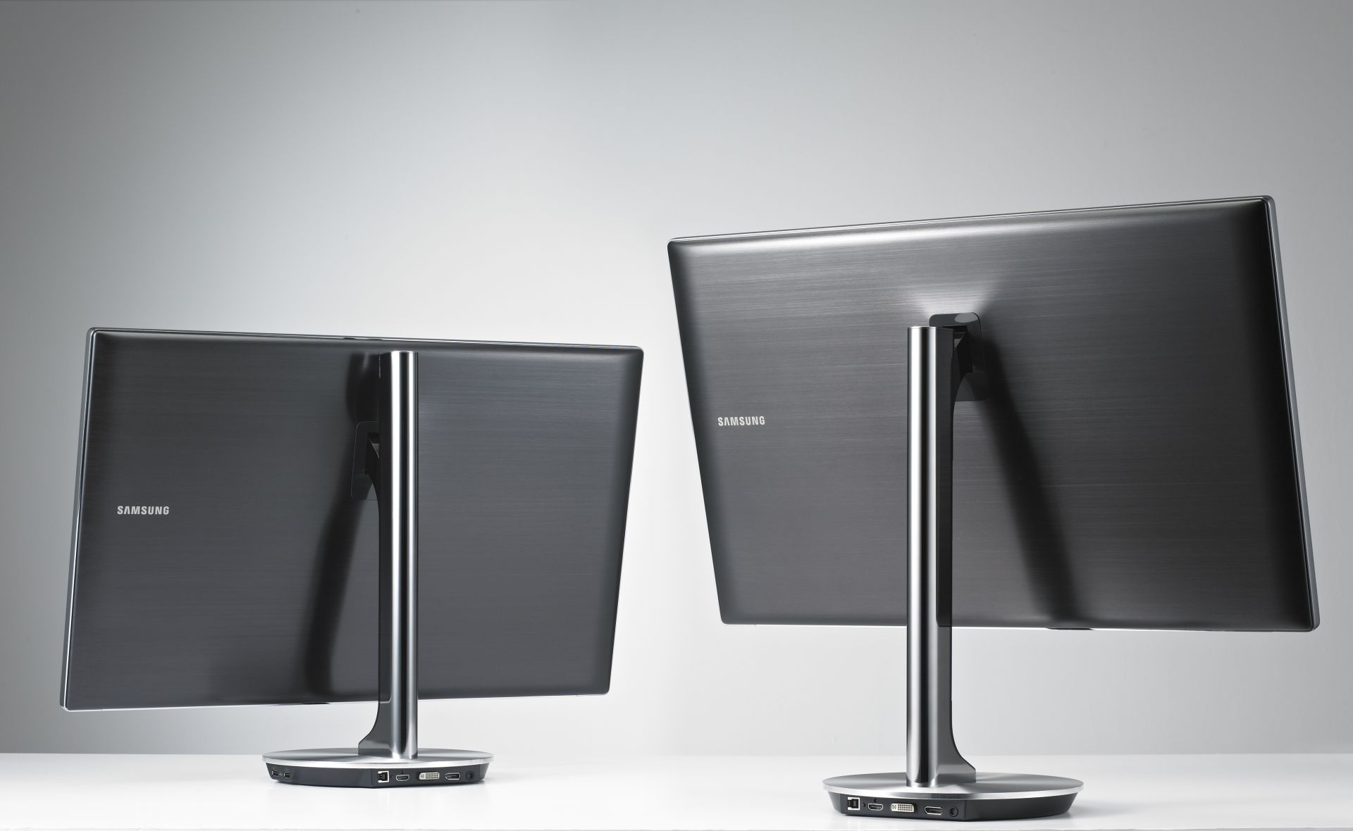 9series_monitor_1_s