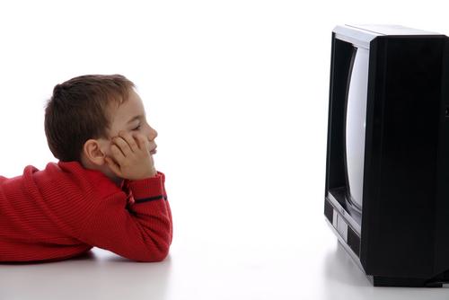 kid-watching-tv-1od3nm2