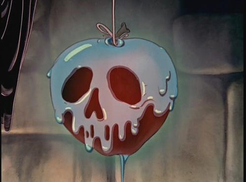 apple-disney-disney-princess-snow-white-Favim.com-144687