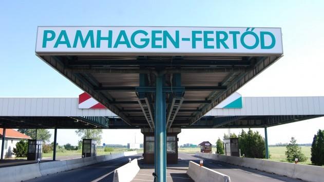 Austrian-Hungarian-border_flickr-sugarmelon-com-e1315488537429