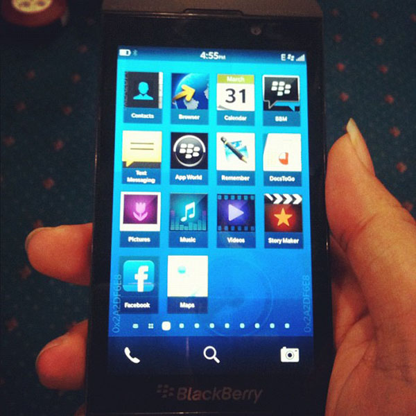 BlackBerry_10_L_Series