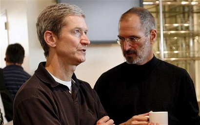 steve_jobs_tim_cook_apple_bitport