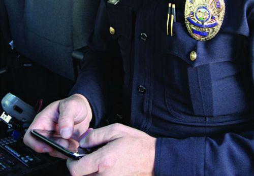 SmartPhoneApps4Cops-2