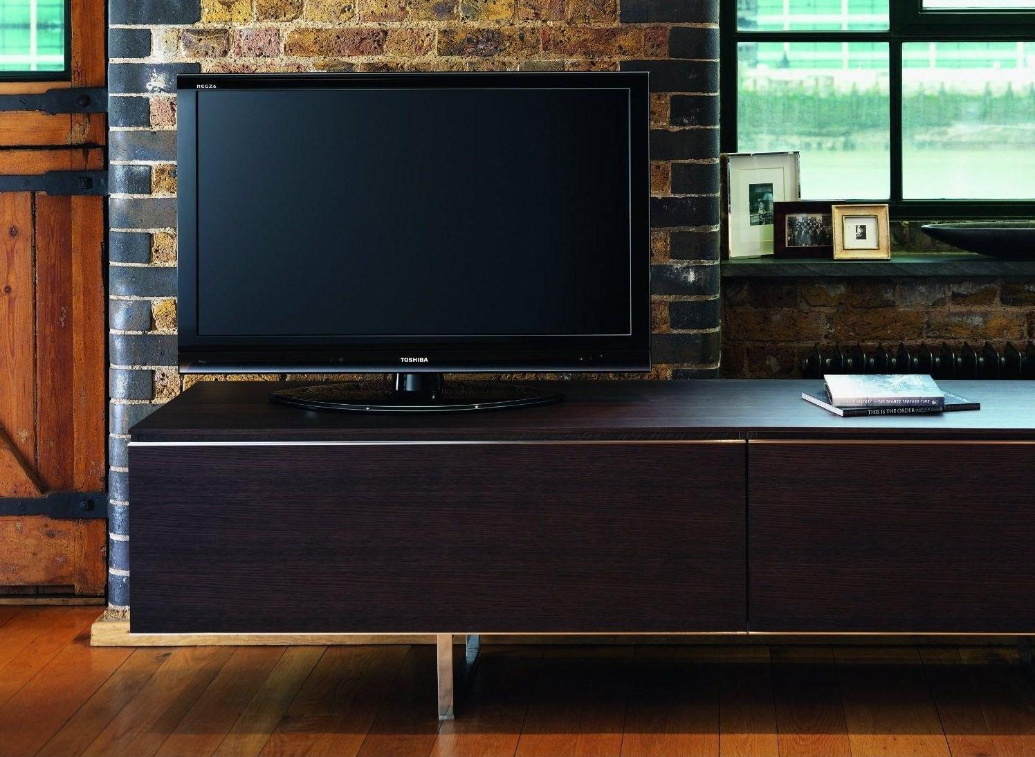 Toshiba-40RV753B-RV-Series-HD-LCD-TV2