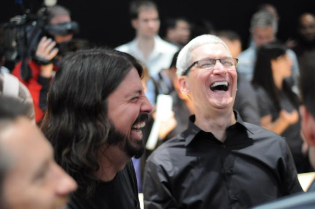 tim-cook-apple-new-categories-2013