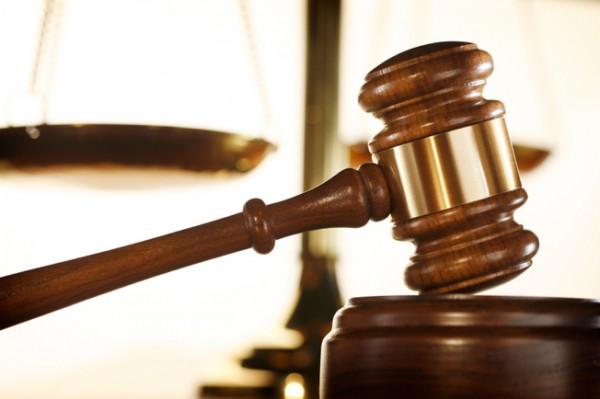 court-judge-gavel110413120916