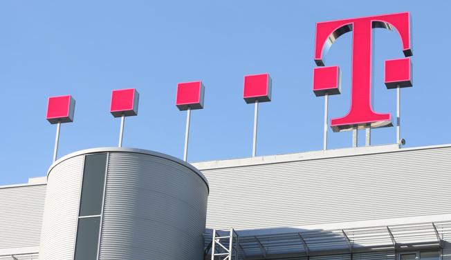Bekeményít a Telekom: drágul a mobilozás