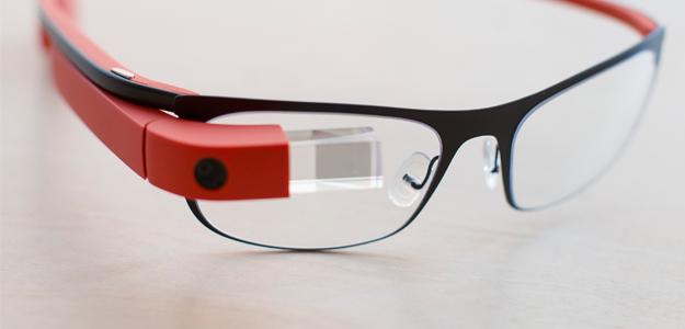 Új funkciók érkeztek a Google Glass-re