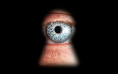 Munkahelyi megfigyelés: Mit szabad a digitális világban?