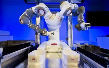 YuMi: Bemutatkozott az ABB emberbarát, kétkarú robotja