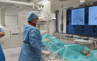 Világszínvonalú MR készüléket adtak át az OKITI-ben