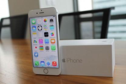 Rekordot dönthet az Apple