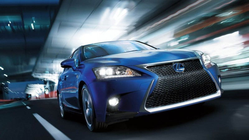 lexus_ct200h_3_medium