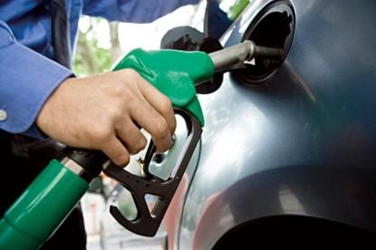 Az emelkedő árak ellenére még mindig megéri tankolni a magyar autósoknak Kárpátalján