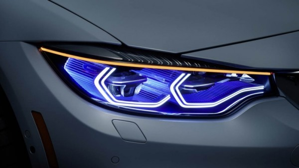 bmw_ces_2015_8_medium