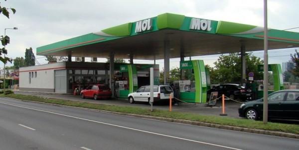 mol_benzinkut