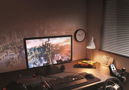 LG 27MU67 4K Monitor 4