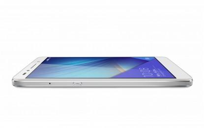 Itt a Sony Xperia Z5 Premium: A világ első 4K felbontású képernyőjével