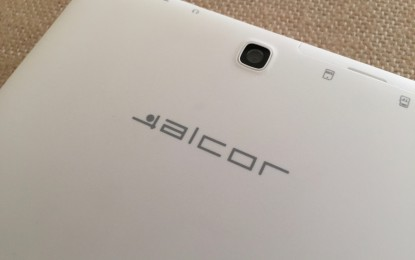 Teszt: Alcor Access Q882M – Az észrevétlen