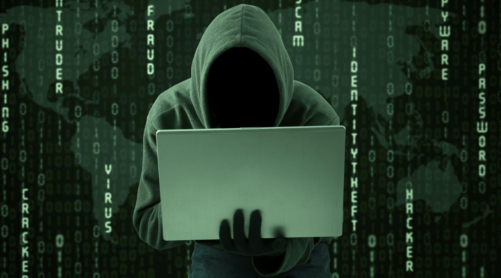 hacker-hacking-dark-hoodie