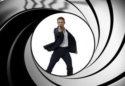 Mindjárt forog az új Bond film!