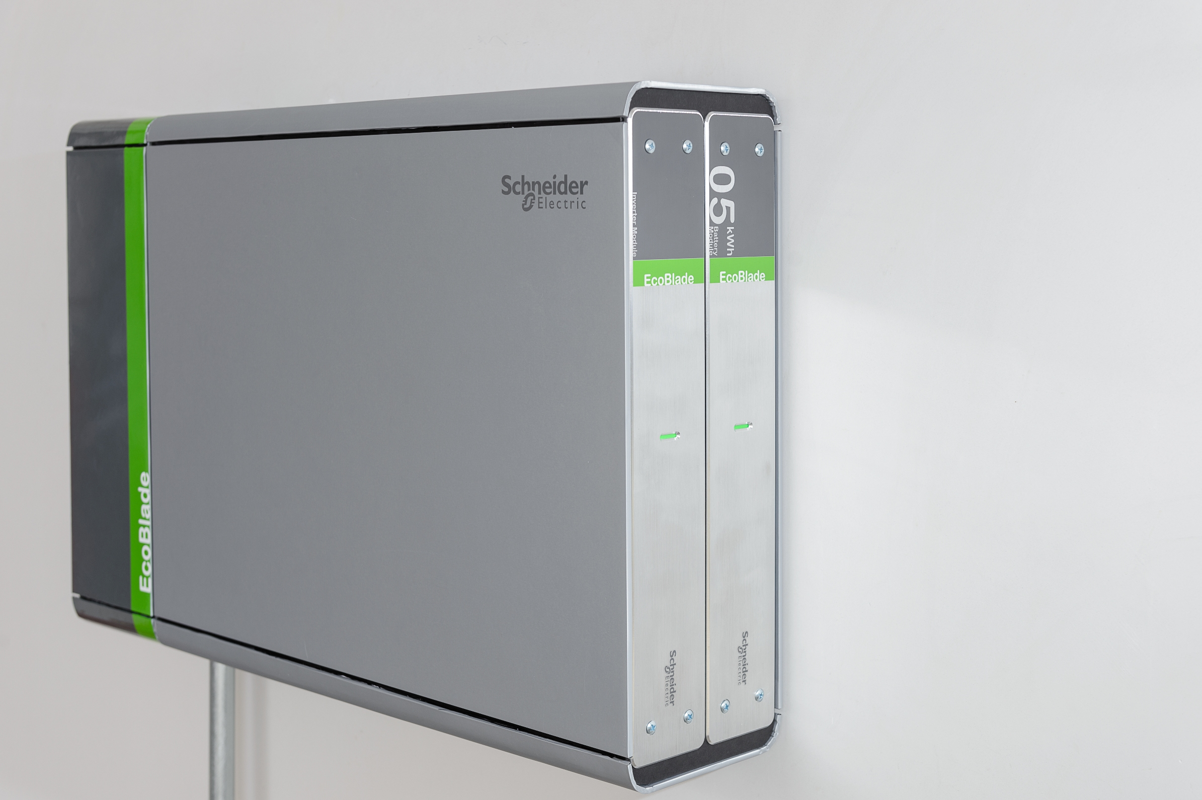 Schneider_Electric_EcoBlade_energiatarolo_rendszer