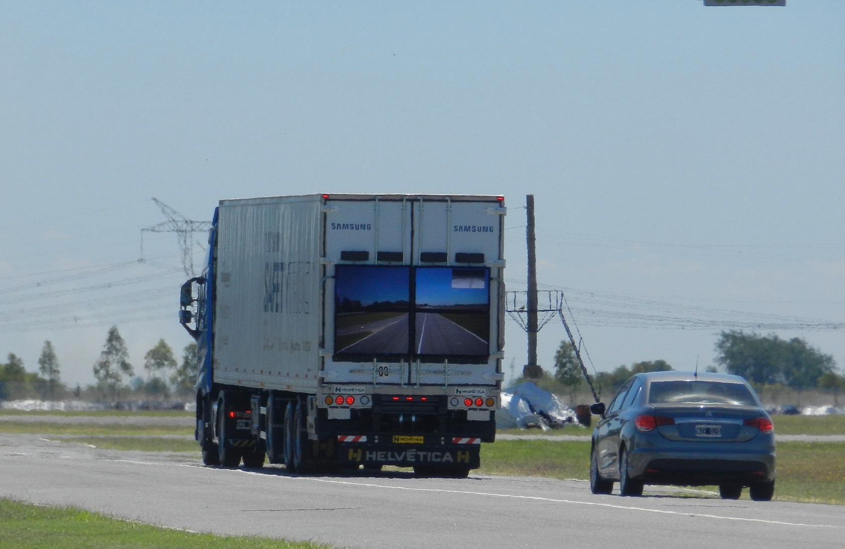 Samsung Safety Truck_02