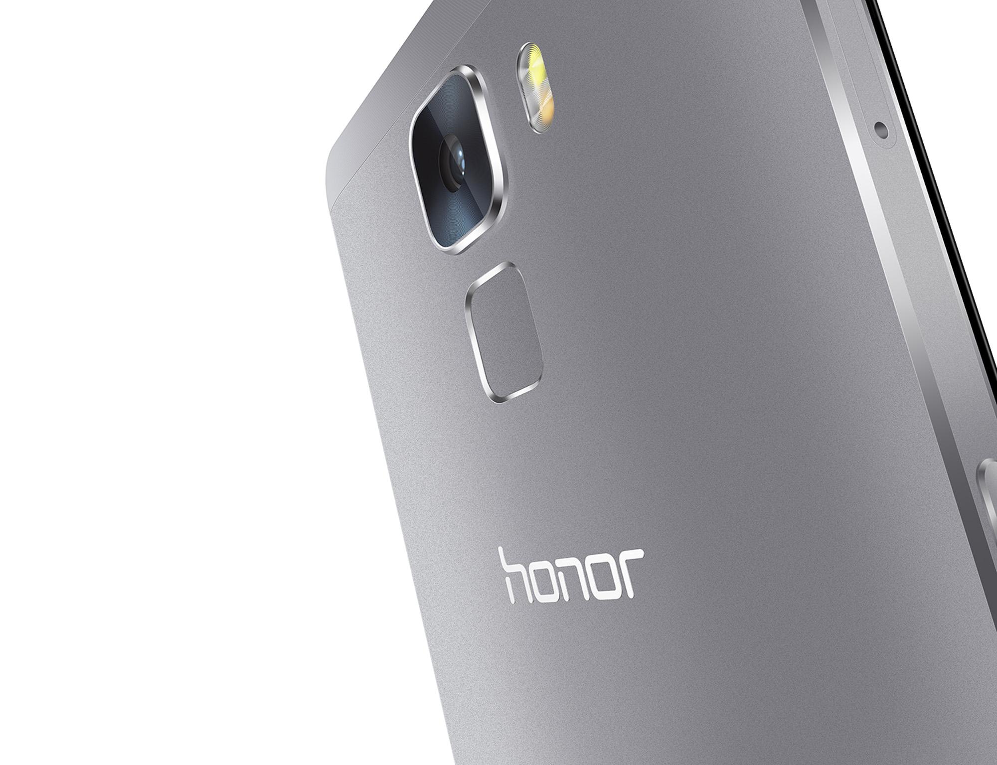 honor_7_back_close