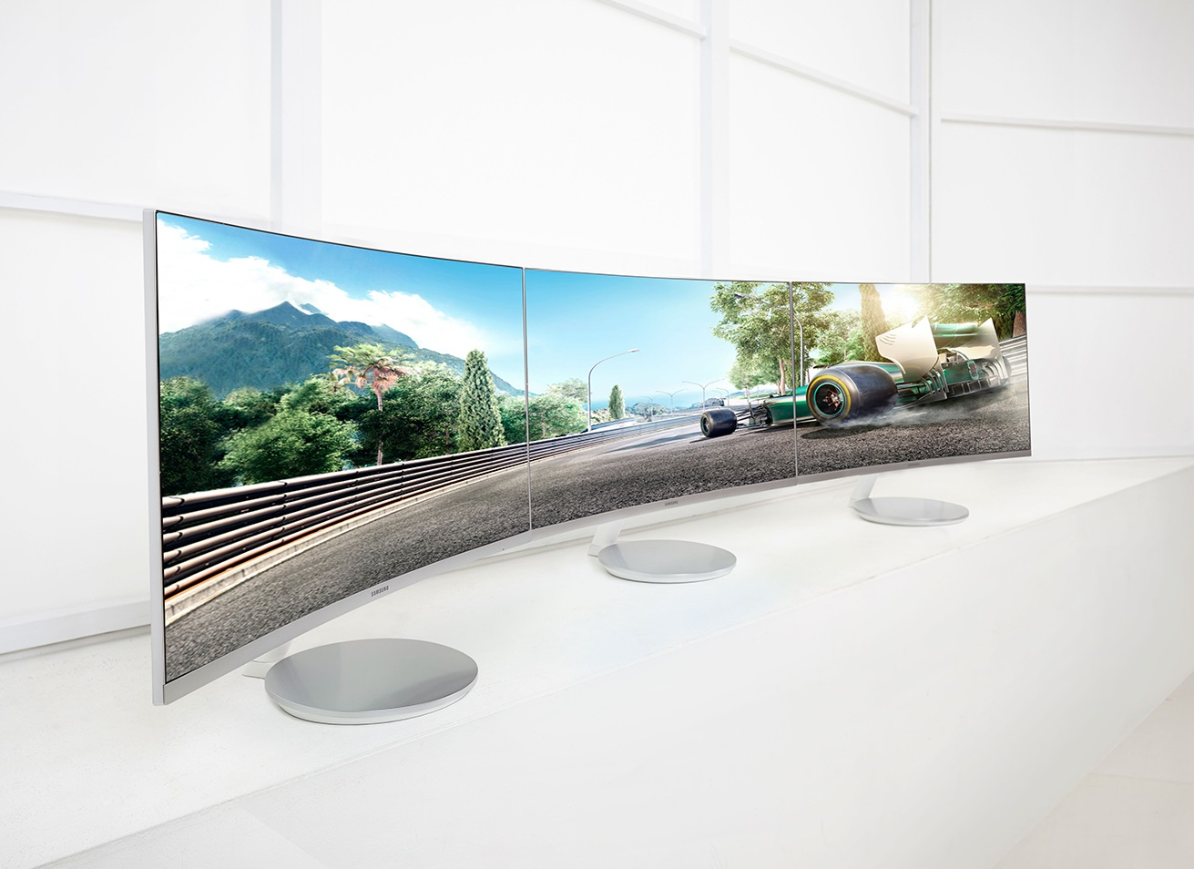 Samsung_CF591 Curved Monitor multi
