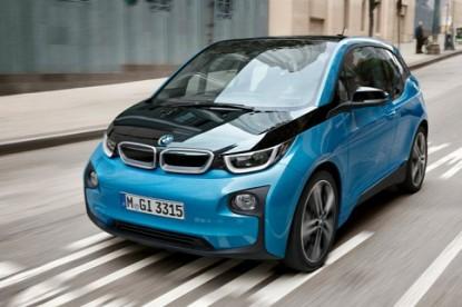 Mostantól tovább bírja az elektromos BMW