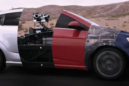 Ilyet még nem láttunk: vége a valódi autóknak a filmekben?