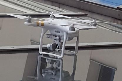 Idegen drón landolt a Magyar Telekom székházán