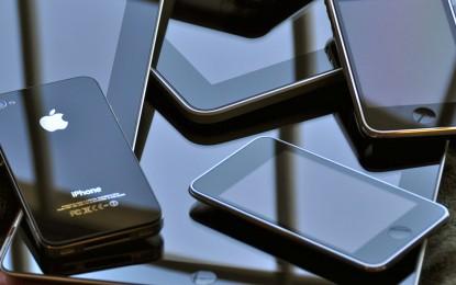 Hiába az egymilliárdos mérföldkő, egyre kevesebben vesznek iPhone-t