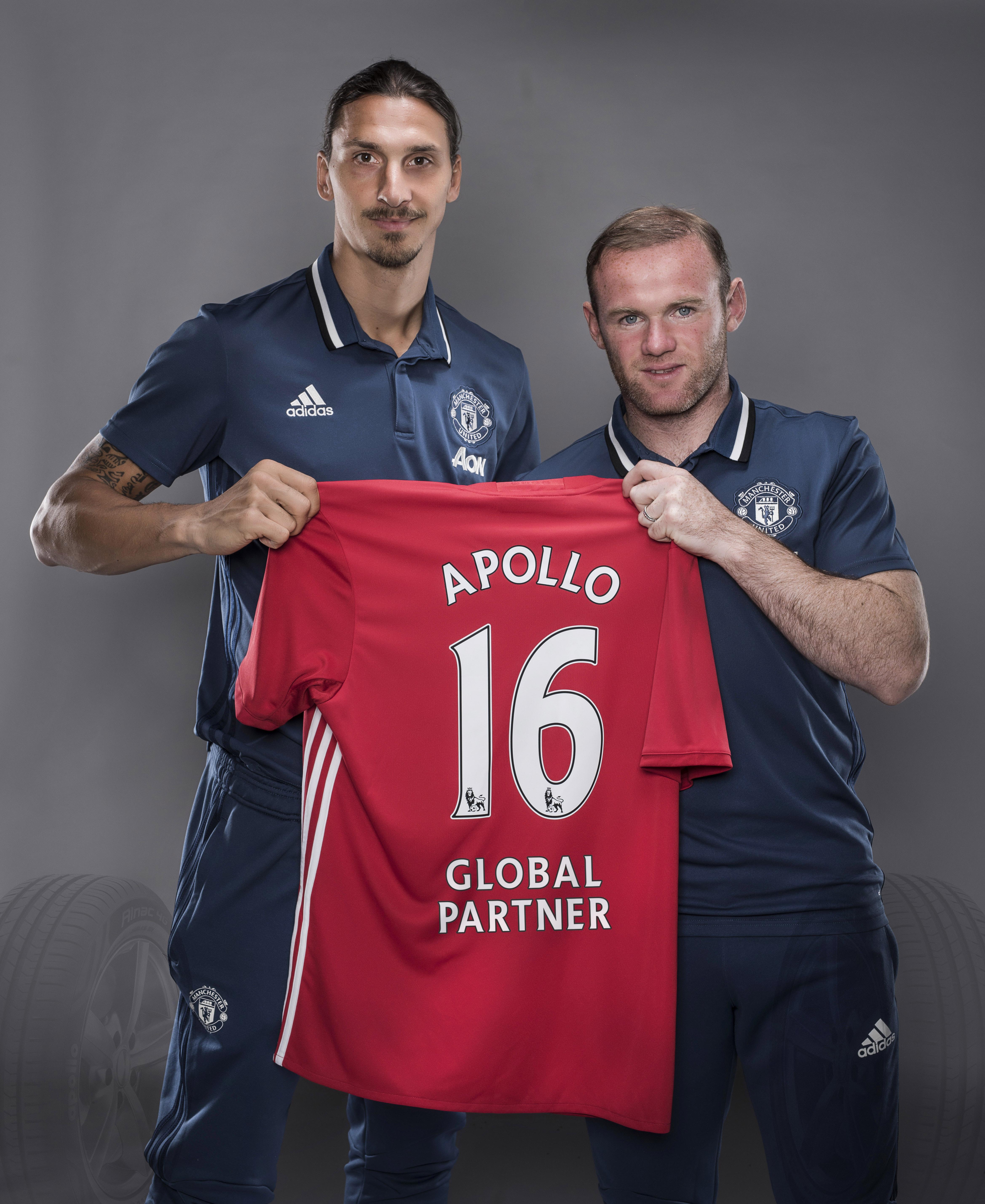 L-R- Zlatan ibrahimovic and Wayne Rooney - Apollo Tyres is the _Global Tyre Partner_ for Manchester United