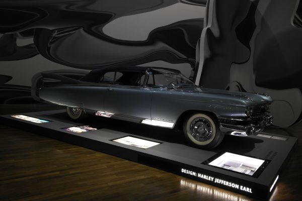 Egy 1959-es Cadillac Eldorado Convertible-re mindenki felkapja a fejét.