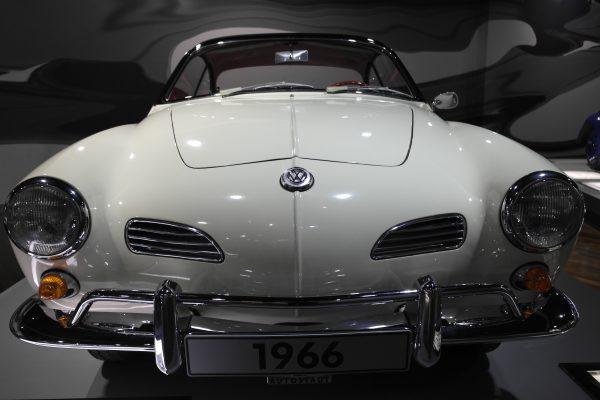 Már megjelenésekor is klasszikus volt a Volkswagen Karmann-Ghia