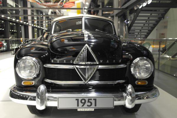 Ugyan 1963-ban megszűnt, az ilyen, Hansa 1800-as modelleknek köszönhetően a mai napig szeretett márka a Bogward. Olyannyira, hogy újra feltámasztják!