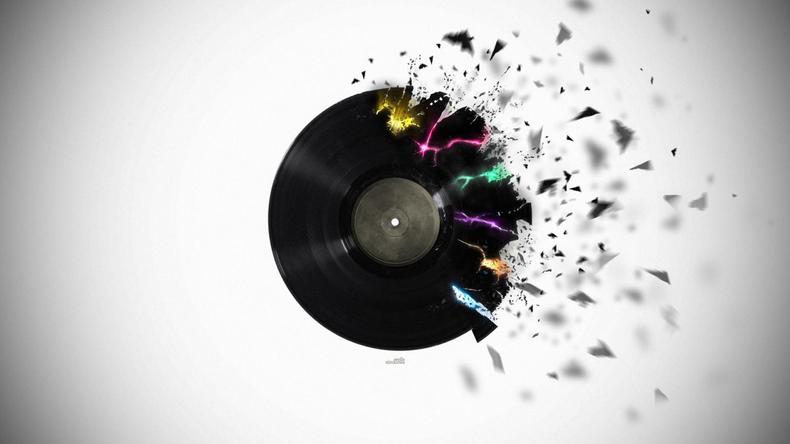 shattered_vinyl-1600x900