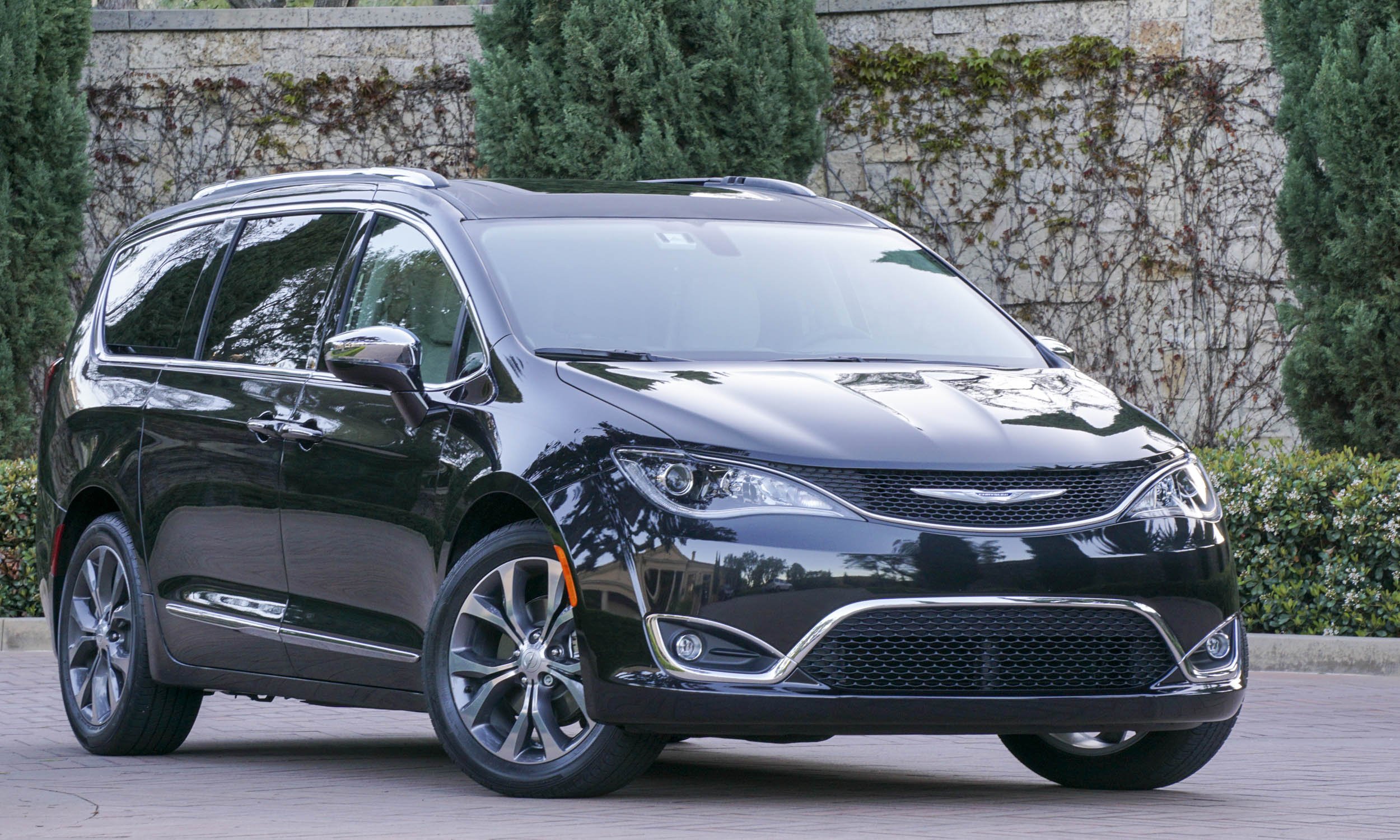 chryslerpacifica2