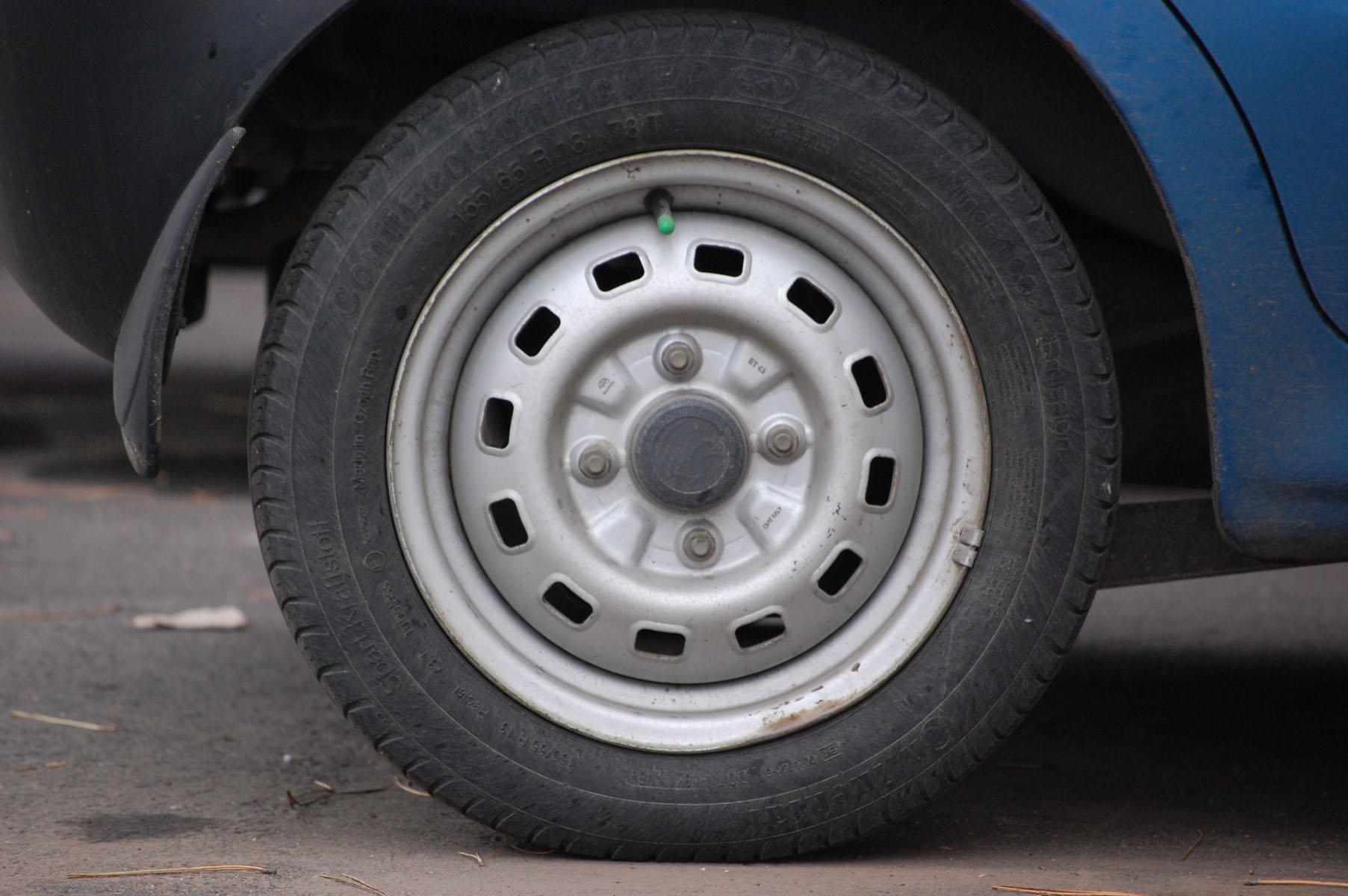 car-wheel923