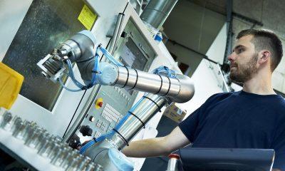 20140516universal-robots-robotok-robotkar1