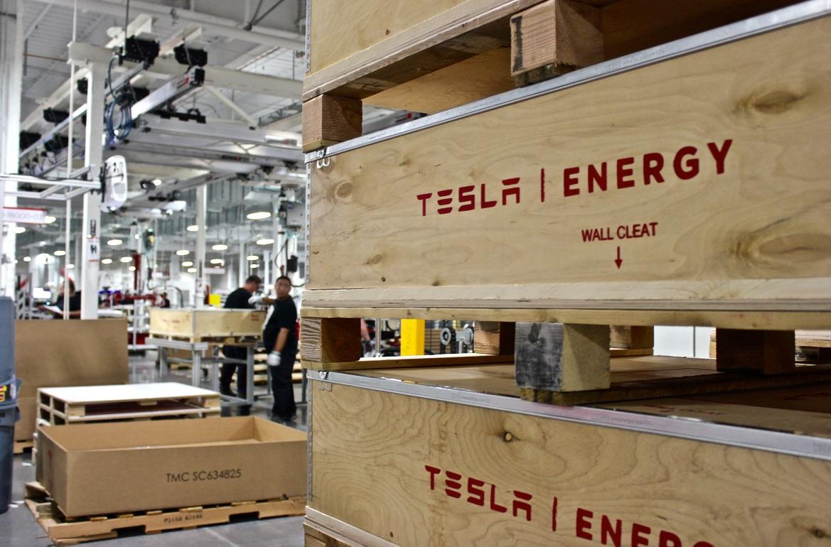 tesla-energy-powerwall-crates-gigafactory