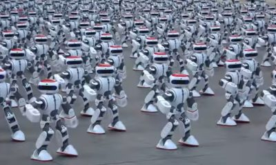 dancing-robots-china-1