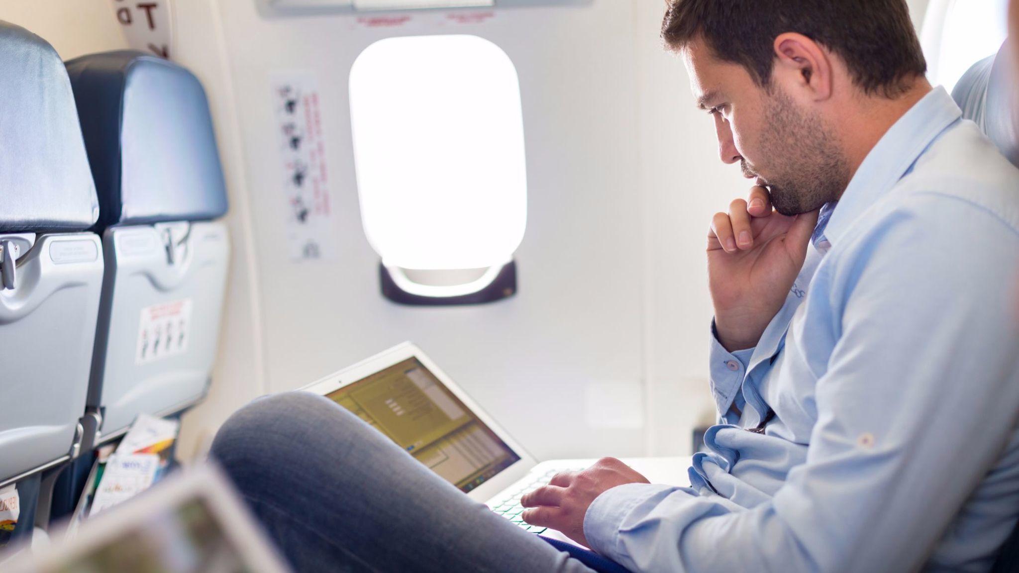 la-fi-travel-briefcase-wifi-on-planes-20170713