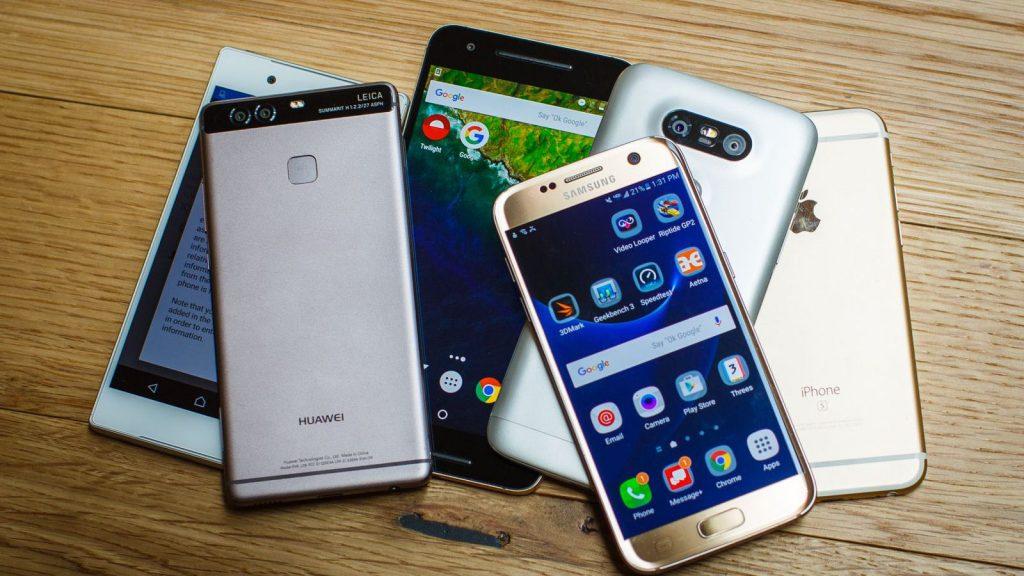 pile-of-phones-may-2016-5319-001