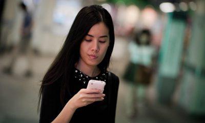 ct-smartphone-etiquette-20150826