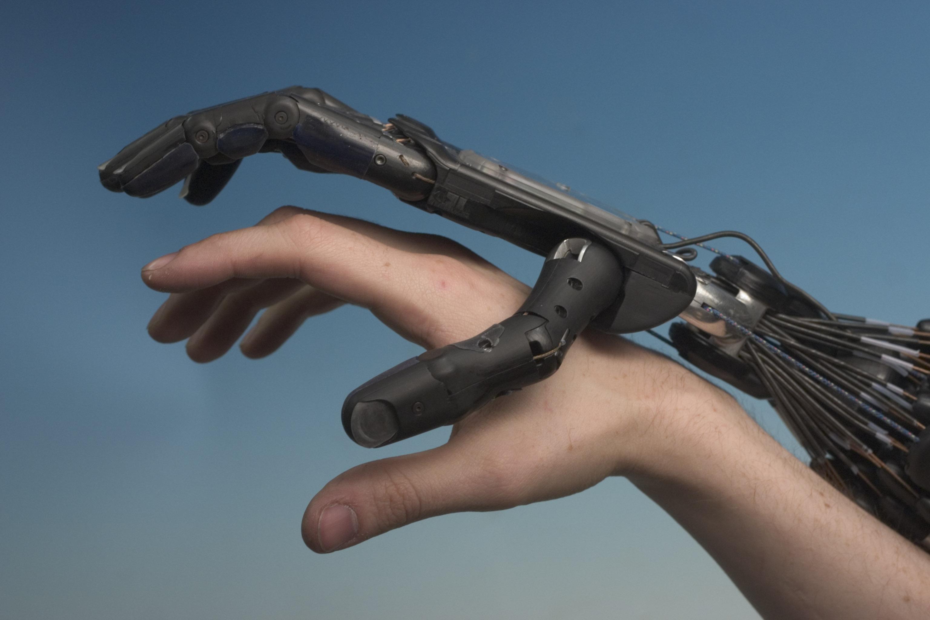 human-and-robot-hand-togethercrw_9331-1